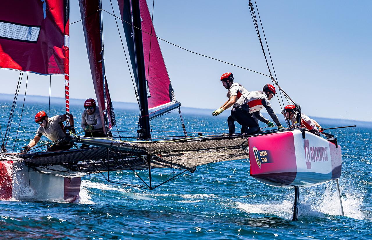 Team Rockwool sailing upwind