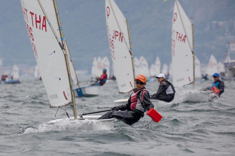 The regatta leader racing upwind