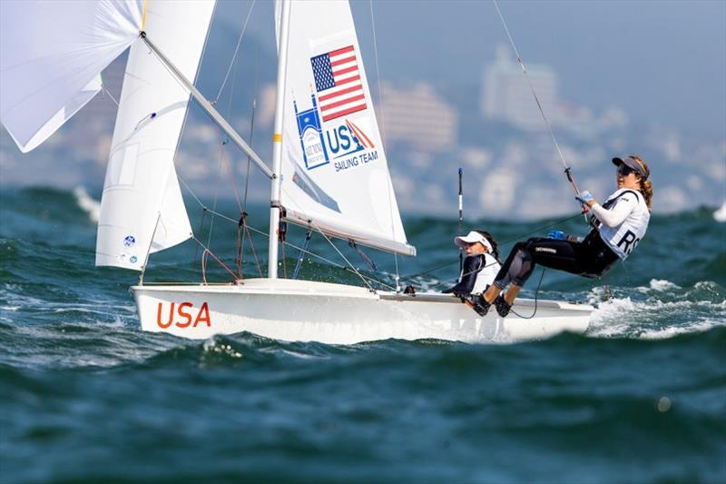 Nikki Barnes & Lara Dallman-Weiss sailing their 470