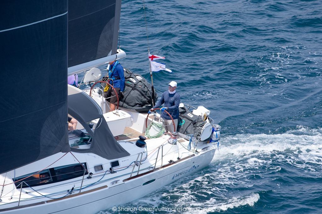 Brent Crawford and Jason Halloway's Beneteau 49 Knotty Boo