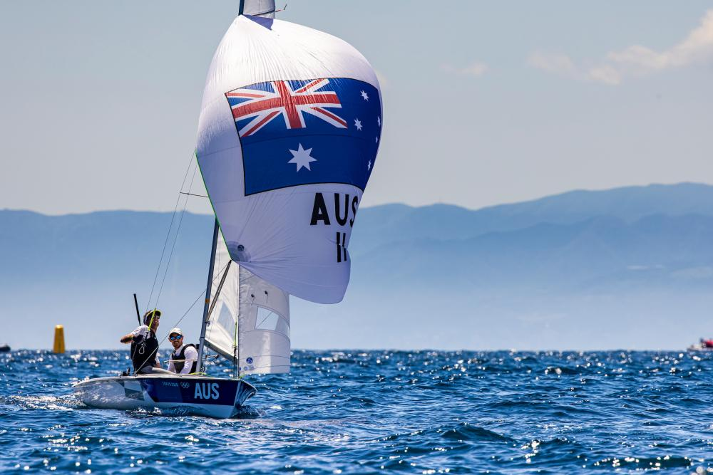 Mat Belcher and Will Ryan sailing