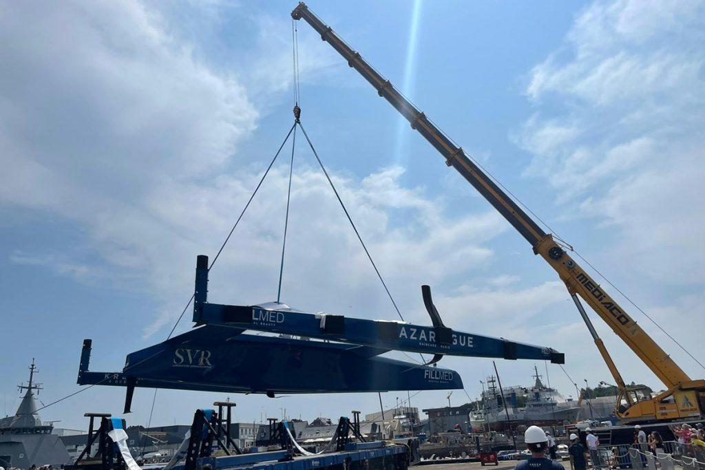 SVR-LAZARTIGUE trimaran being lifted
