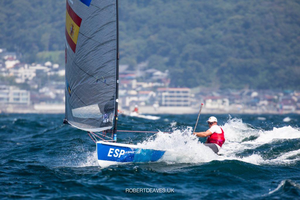 Joan Cardona (ESP) sailing downwind in the Finn
