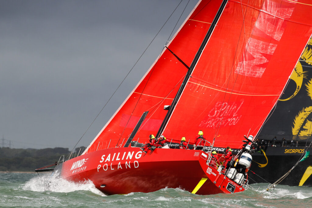 Robert Gwozdz's VO65 Sailing Poland