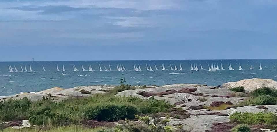 From shore: the fleet racing