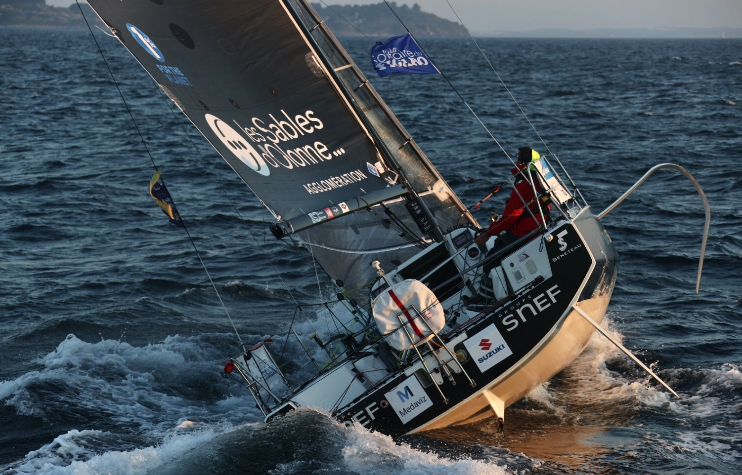Xavier Macaire sailing Groupe SNEF.