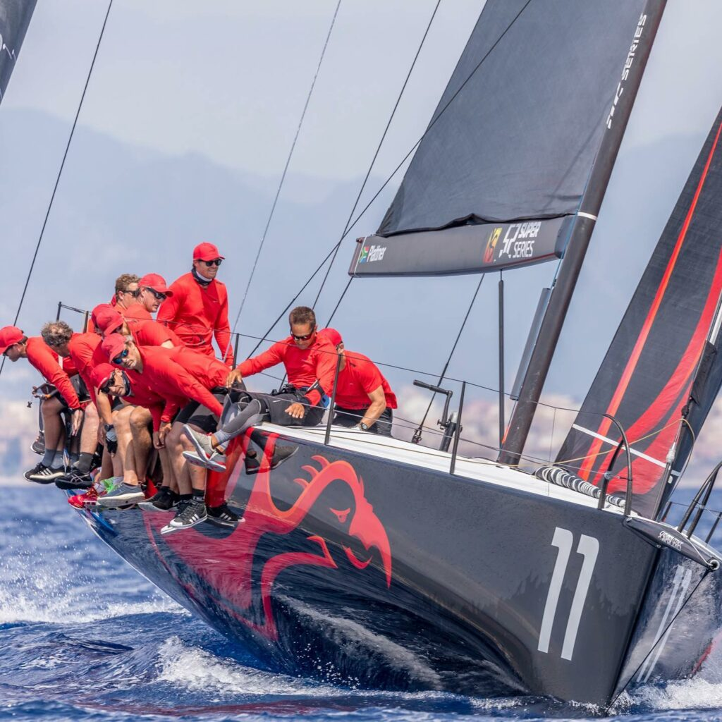Phoenix sailing upwind
