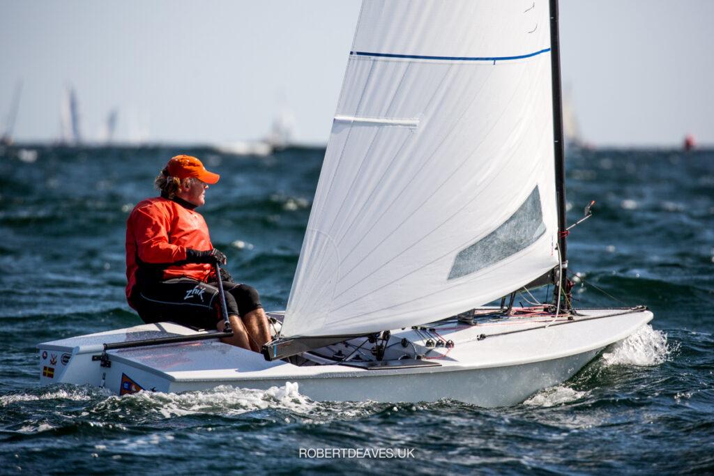 Benjamin Hammerö sailing upwind.