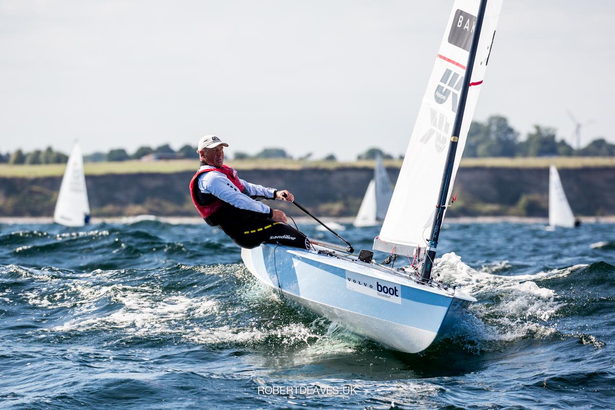 Bo Petersen sailing upwind.