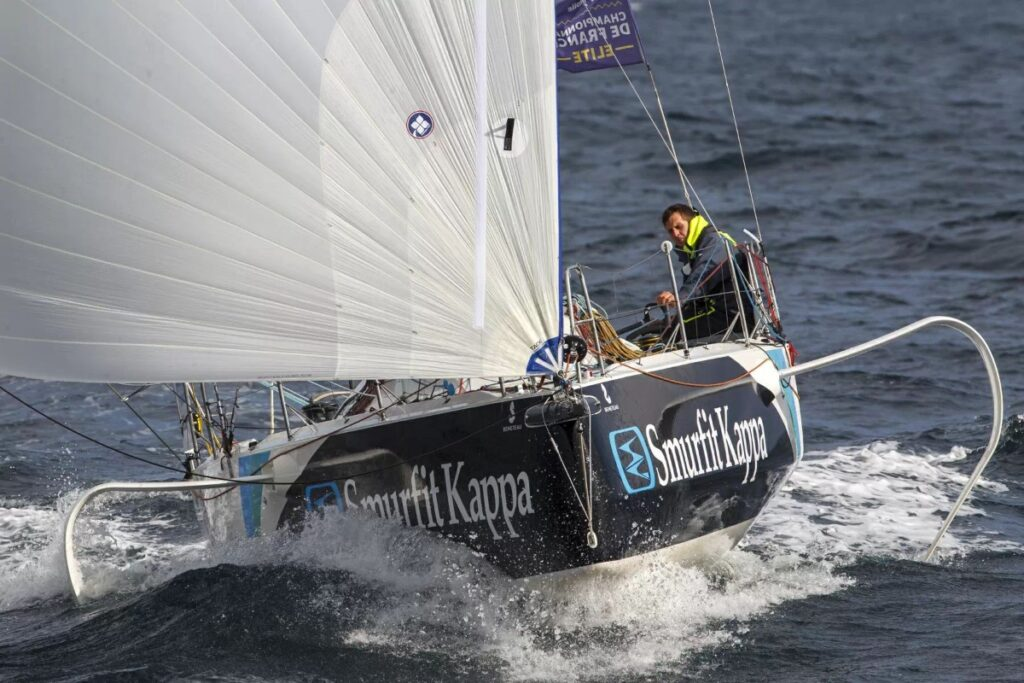 Tom Dolan sailing towards the camera on a kite run.