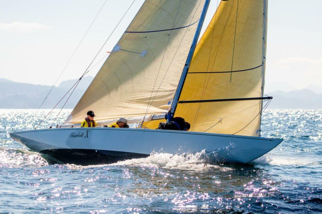 Elisabeth X sailing upwind. Her spinnaker pole is set up.