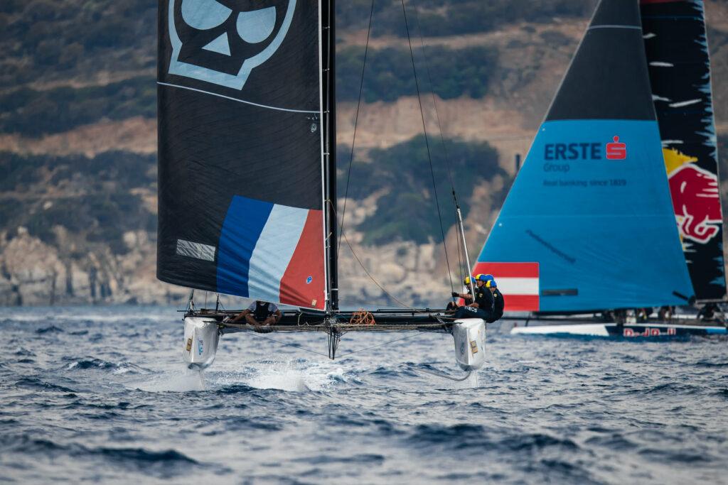 Zoulou on foils, sailing downwind.